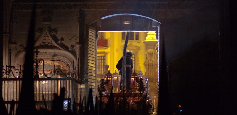 Arte Sacro - El Gran Poder en la Catedral. Semana Santa de Sevilla.