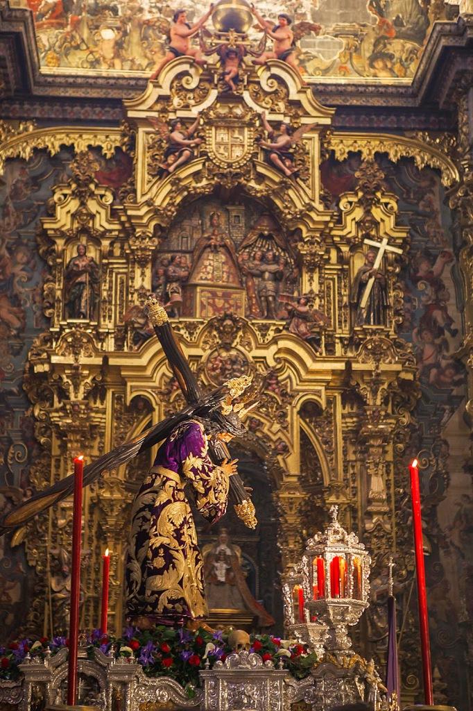 arte sacro : Pasión en la Semana Santa de Sevilla.